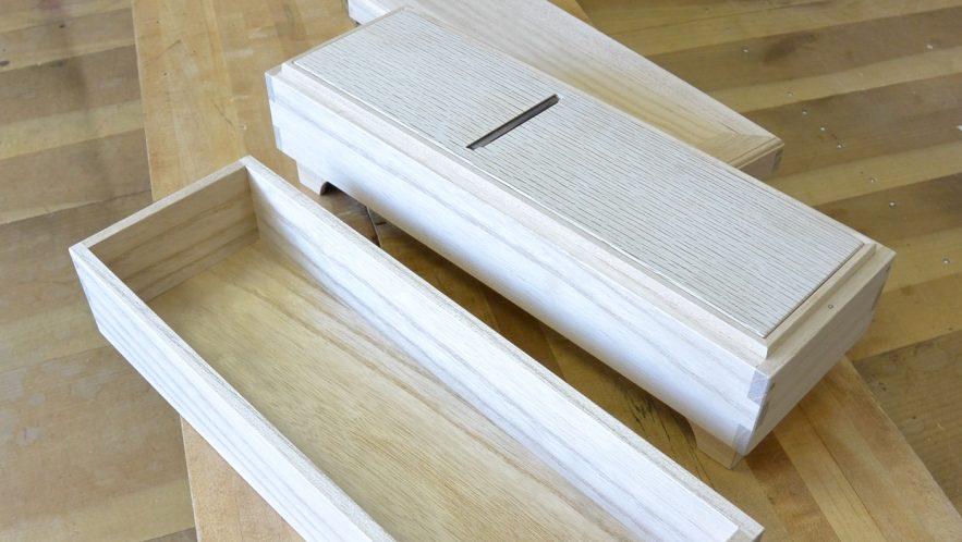 桐で鰹節削り器を作製